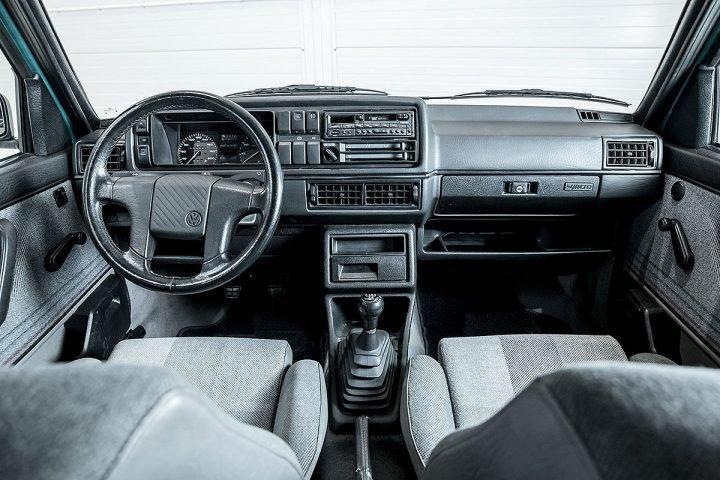 Volkswagen Golf Country Auto Class Magazine _012