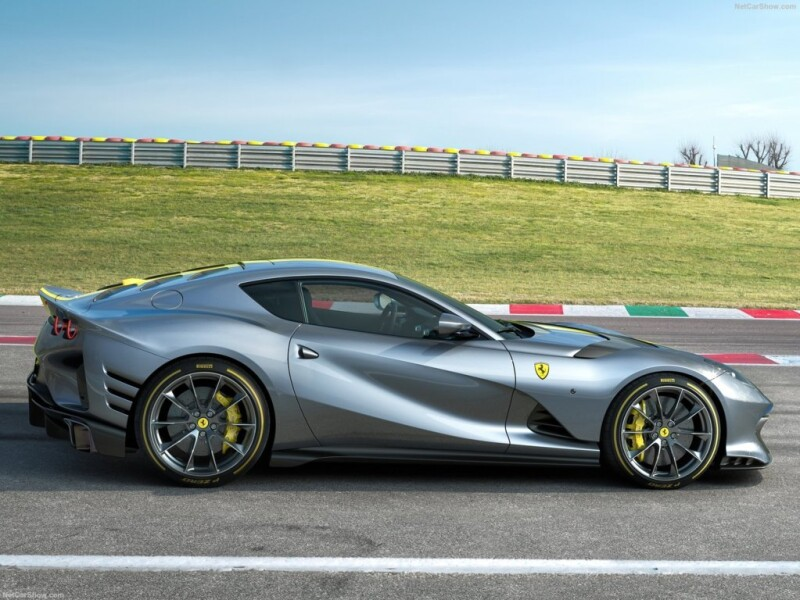 Ferrari-812_Special_Edition-2021-1600-03 Auto Class Magazine