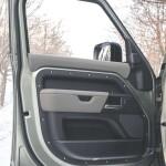 Land Rover Defender Auto Class Magazine _048