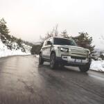 Land Rover Defender Auto Class Magazine _063