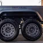 TED71169 Auto Class Magazine Next Level Jeep Gladiator 6x6