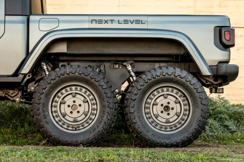 TED_9975 Auto Class Magazine Next Level Jeep Gladiator 6x6