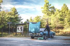 How To Cope When Your Classic Car Breaks Down During A Journey