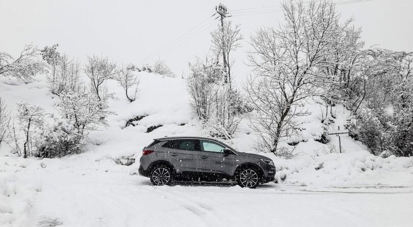 Opel Grandland X Hybrid | Test Drive