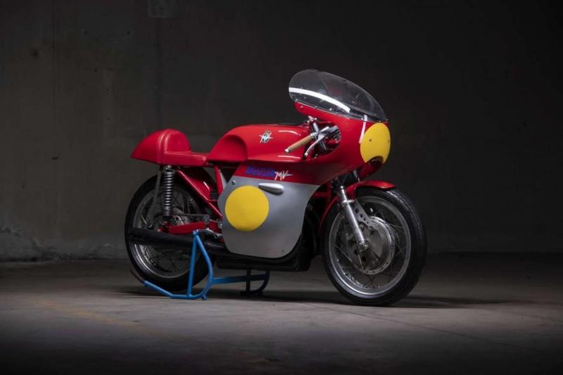 ITALIA_CHE_VINCE_MV AGUSTA 500 3c display (1) Auto Class Magazine Auto Moto d'epoca Padova 2021