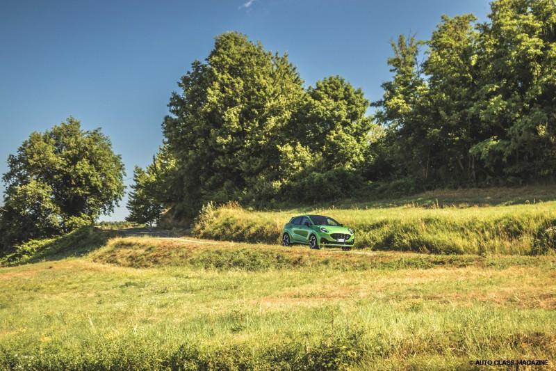 Ford Puma ST Auto Class Magazine _009